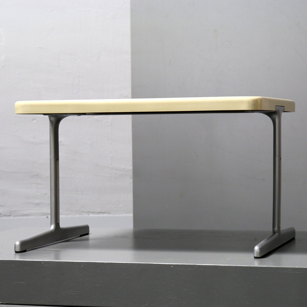 RZ 61 601 Side Table from the sixties by Dieter Rams for Vitsoe