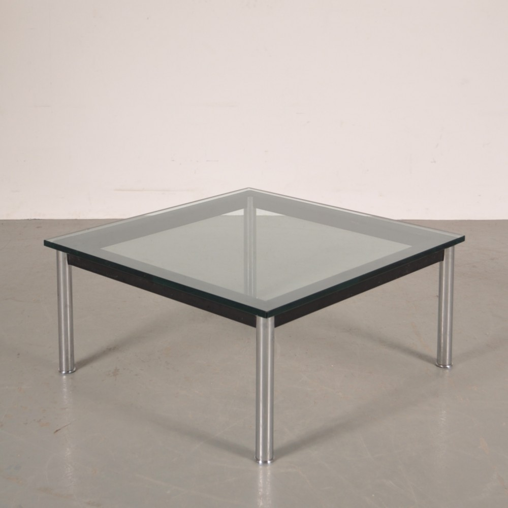Coffee table by le corbusier for cassina