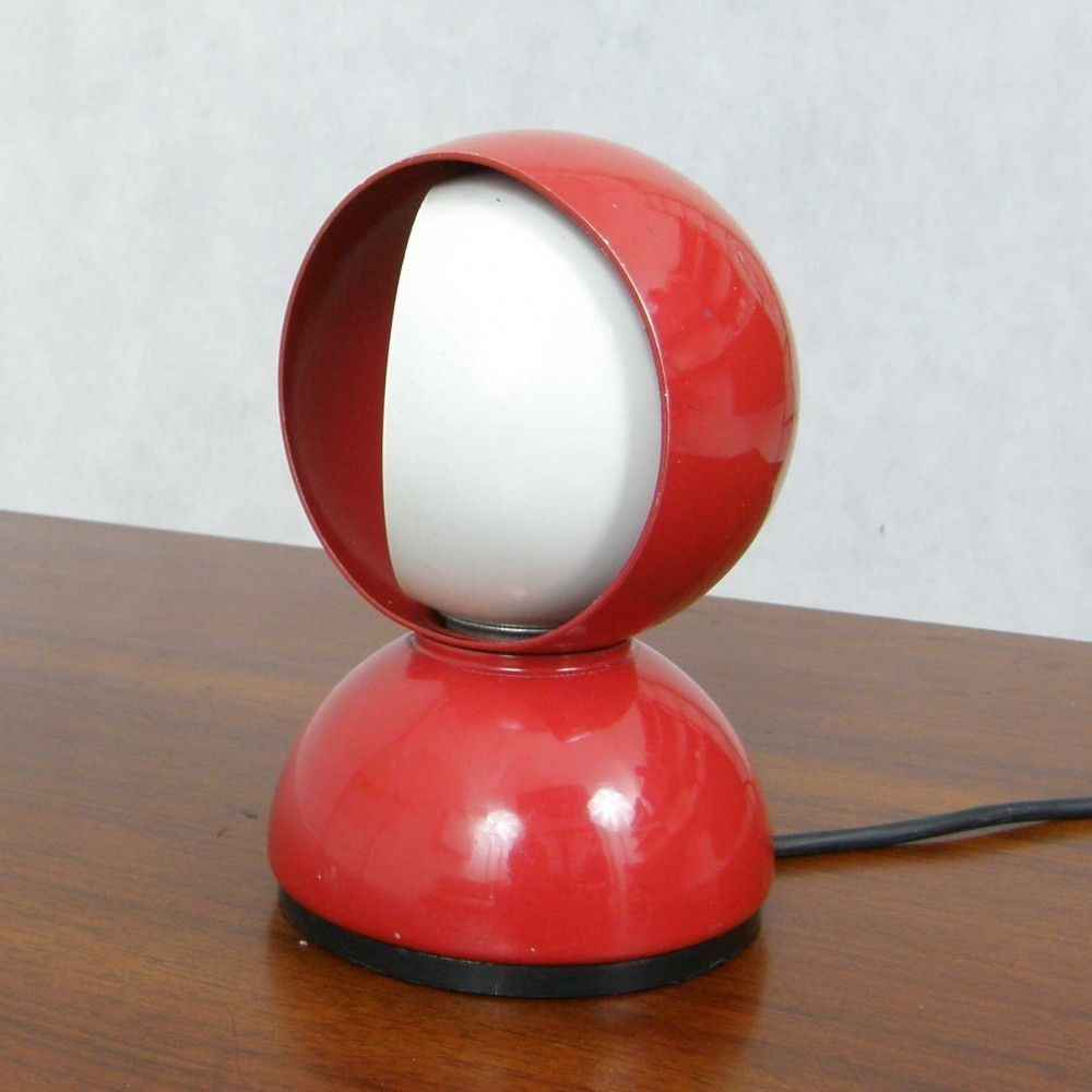 Eclisse Desk Lamp by Vico Magistretti for Artemide