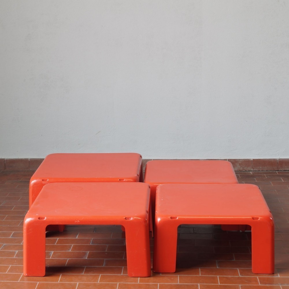 4 Gatti Nesting Table from the sixties by Mario Bellini for C & B Italia