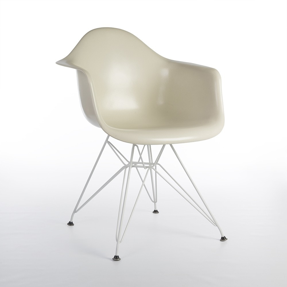 DAR Eiffel Arm Chair By Charles U0026 Ray Eames For Herman Miller, 1990s