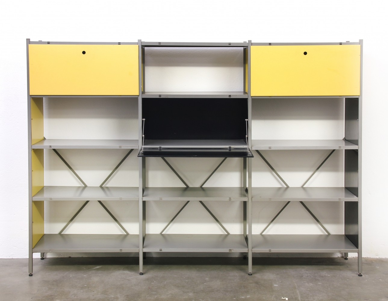 Model 663 wall unit by wim rietveld for gispen 1950s 55821 for Wohnzimmereinrichtung vintage