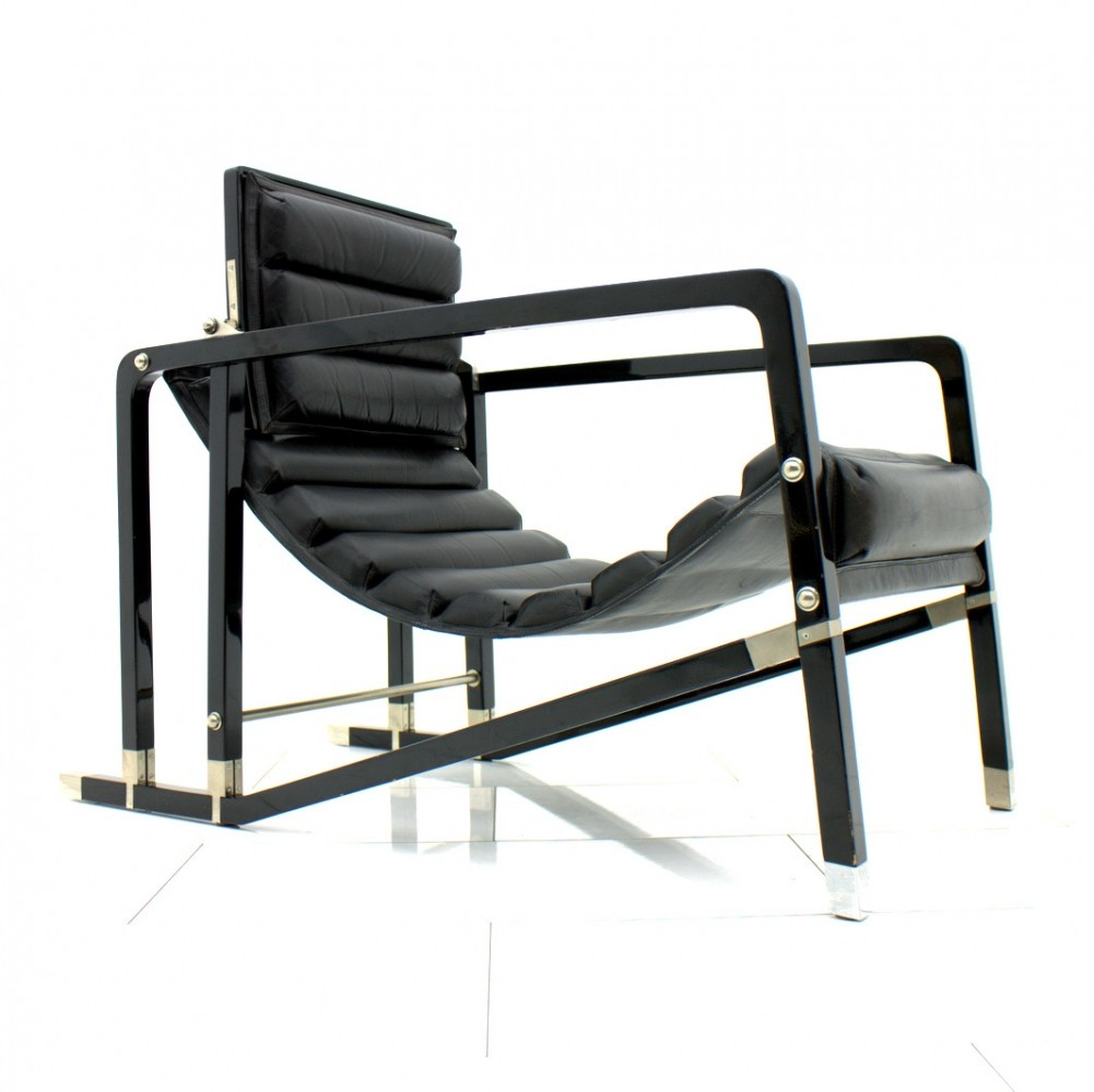 Transat lounge chair by Eileen Gray for Ecart International 1920s