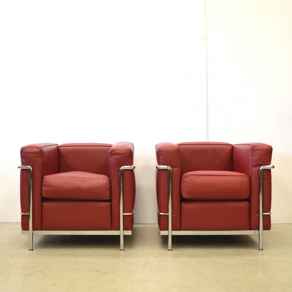 Pair of lounge chairs by le corbusier for cassina 1920s for 1920s chaise lounge