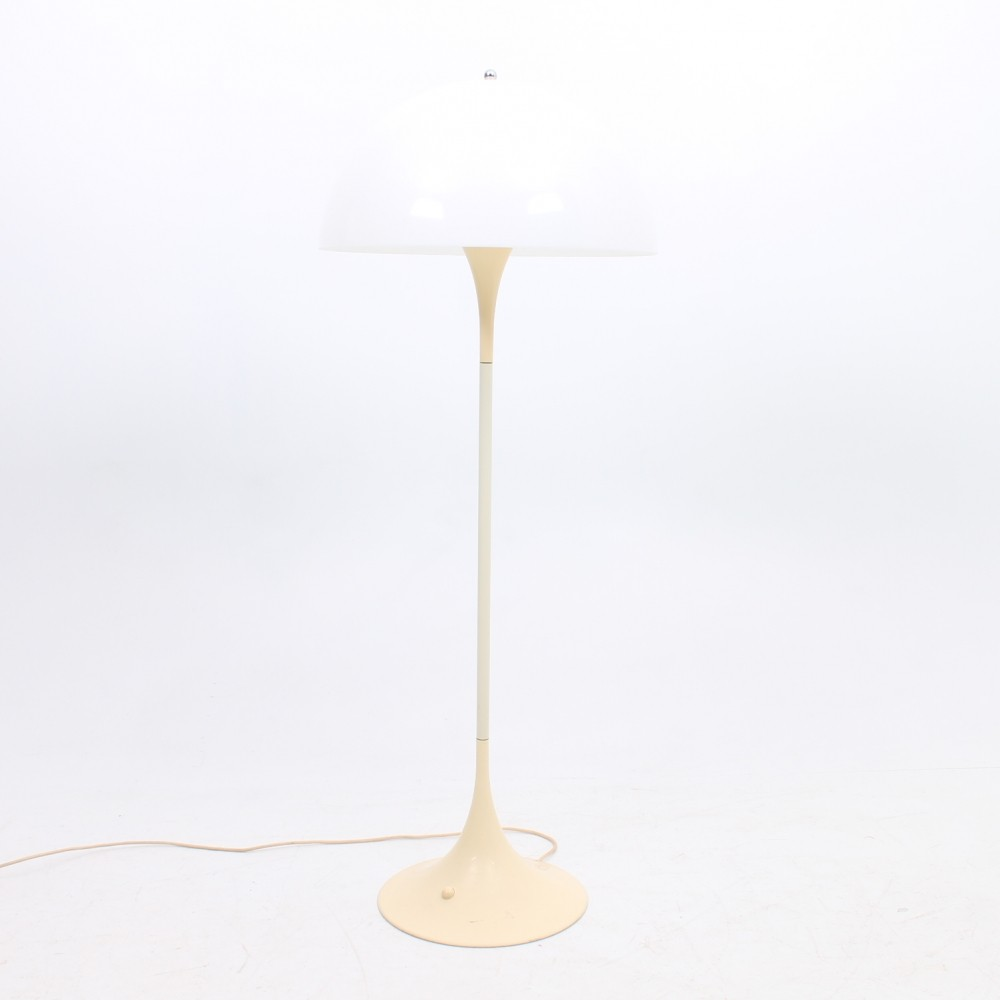 Panthella floor lamp by Verner Panton for Louis Poulsen ...