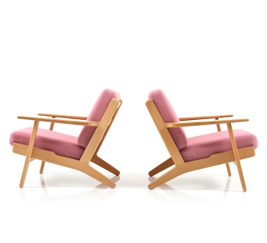 pair of ge290 lounge chairs by hans wegner for getama 1960s