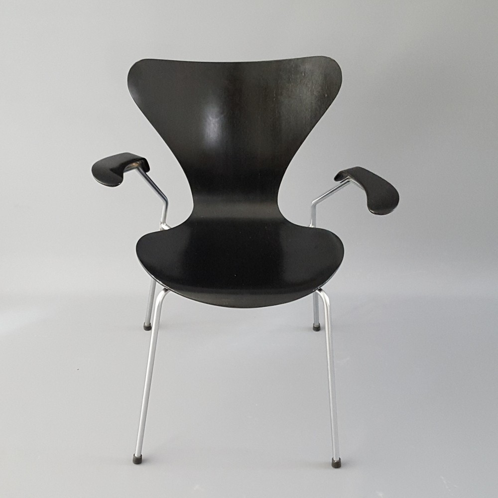 Model 3207 Dinner Chair From The Sixties By Arne Jacobsen