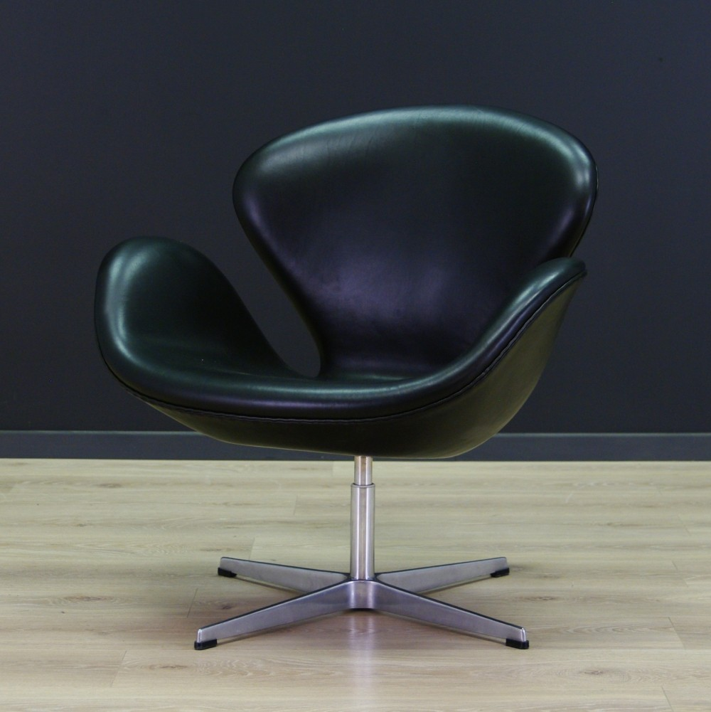 3320 The Swan Arm Chair By Arne Jacobsen For Fritz Hansen, 1980s