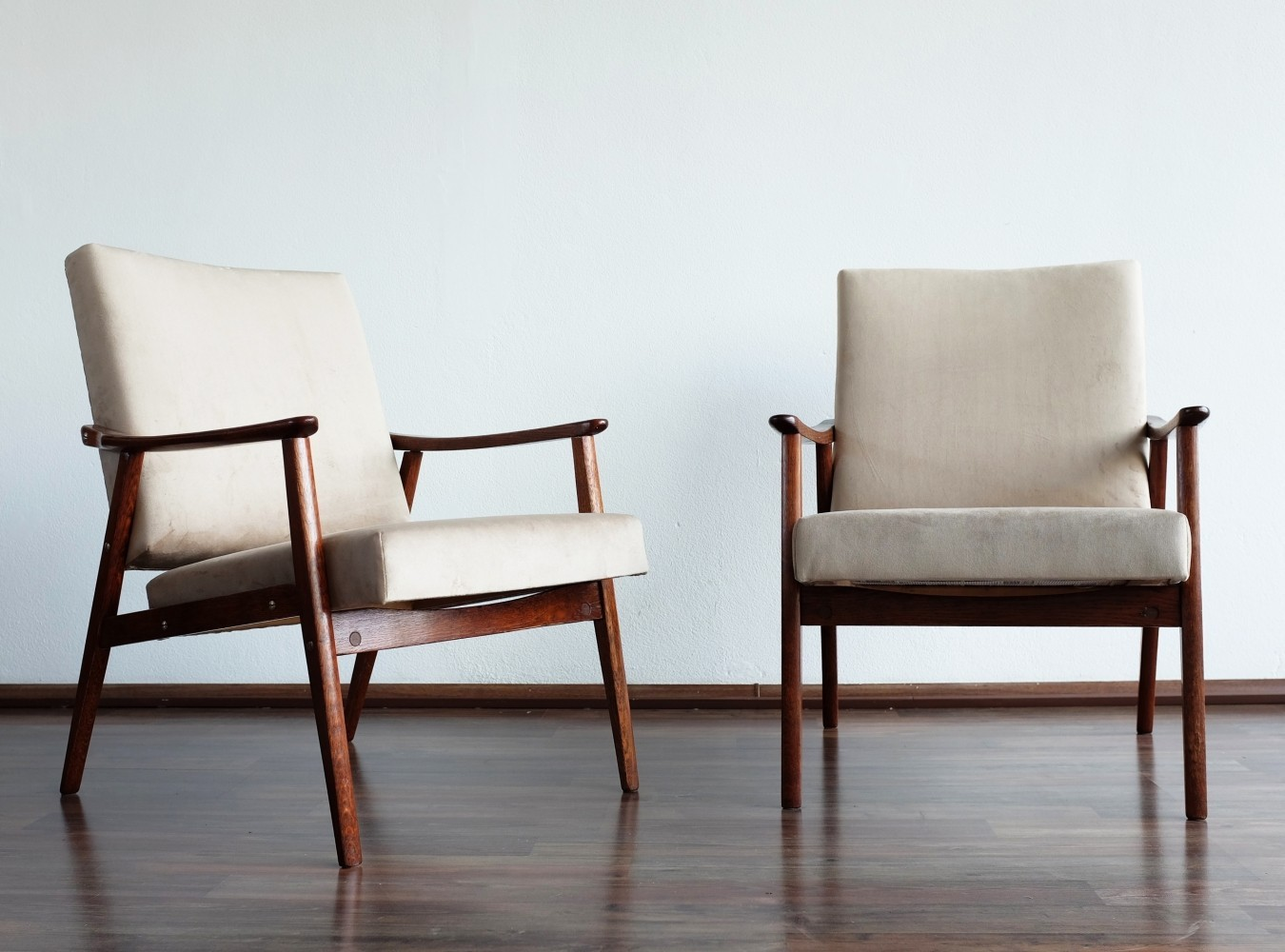 Pair of vintage arm chairs 1970s
