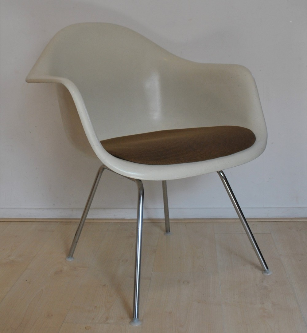 Arm chair by charles ray eames for herman miller 1950s 60645 - Herman miller chair eames ...