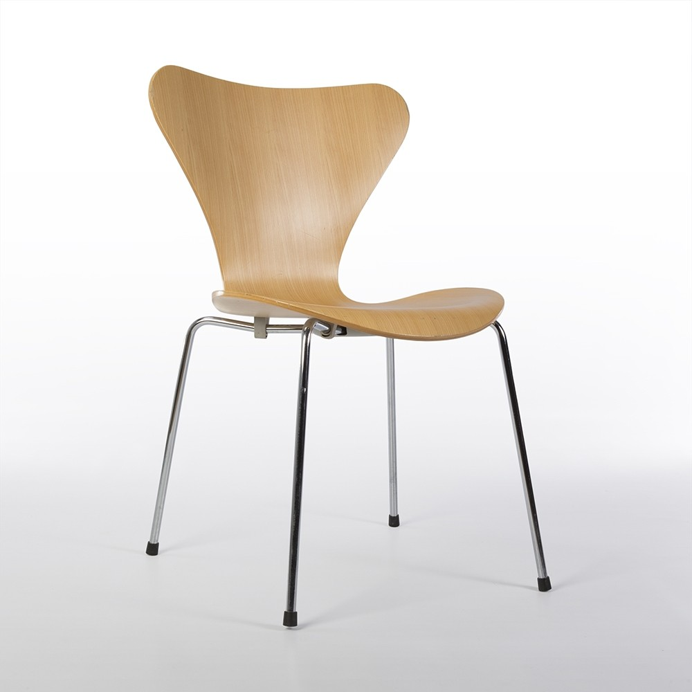 Original Fritz Hansen Arne Jacobsen Series 7 Molded Plywood Chair