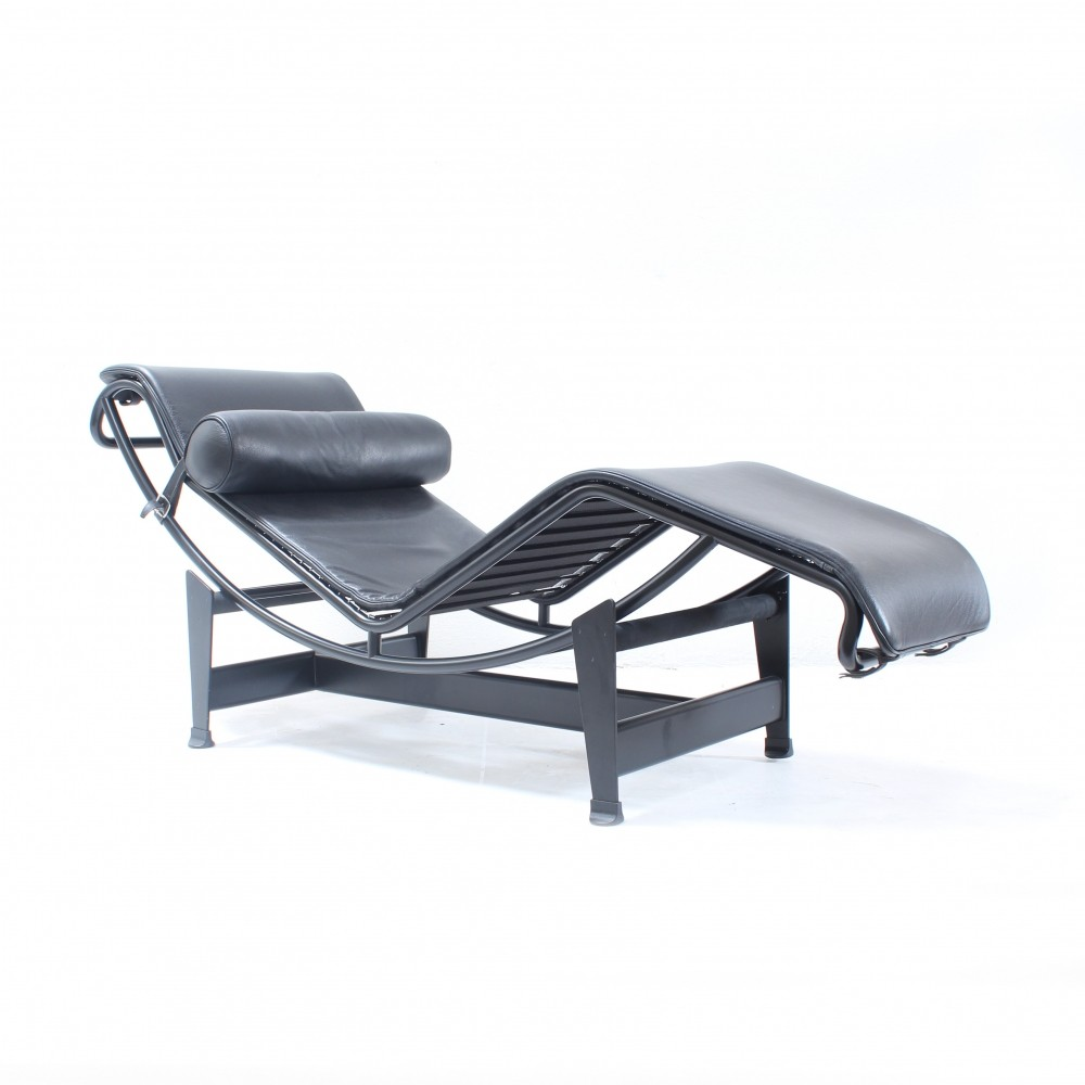Lc4 chaise longue rare full black edition lounge chair for Chaise longue le corbusier pony