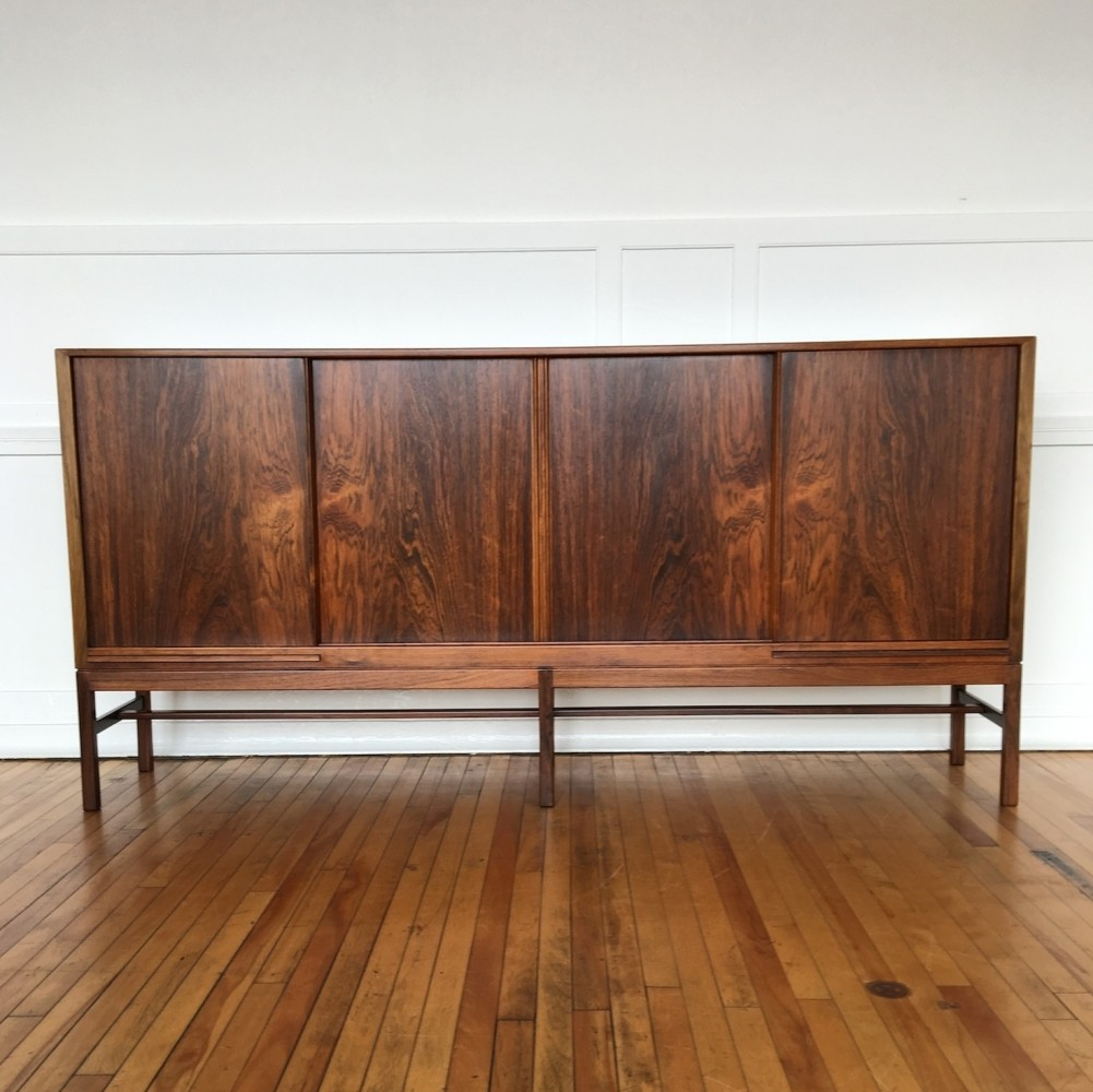 Mid Century Danish Rosewood Sideboard / Cabinet / Bar by Kurt Ostervig for  K.P. Mobler - Mid Century Danish Rosewood Sideboard / Cabinet / Bar By Kurt