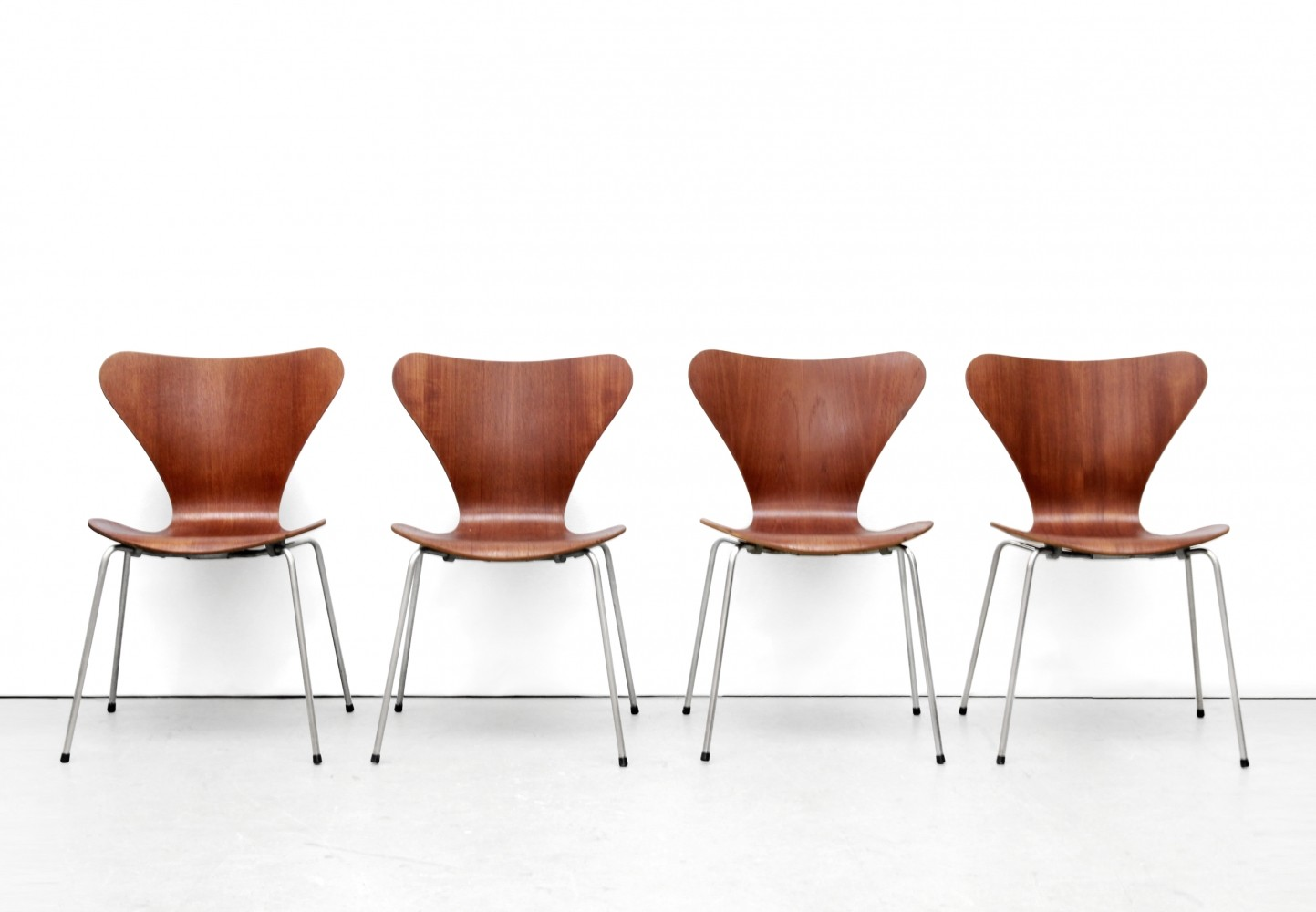 jacobsen furniture. Set Of 4 3107 Butterfly Dinner Chairs By Arne Jacobsen For Fritz Hansen, 1950s Furniture