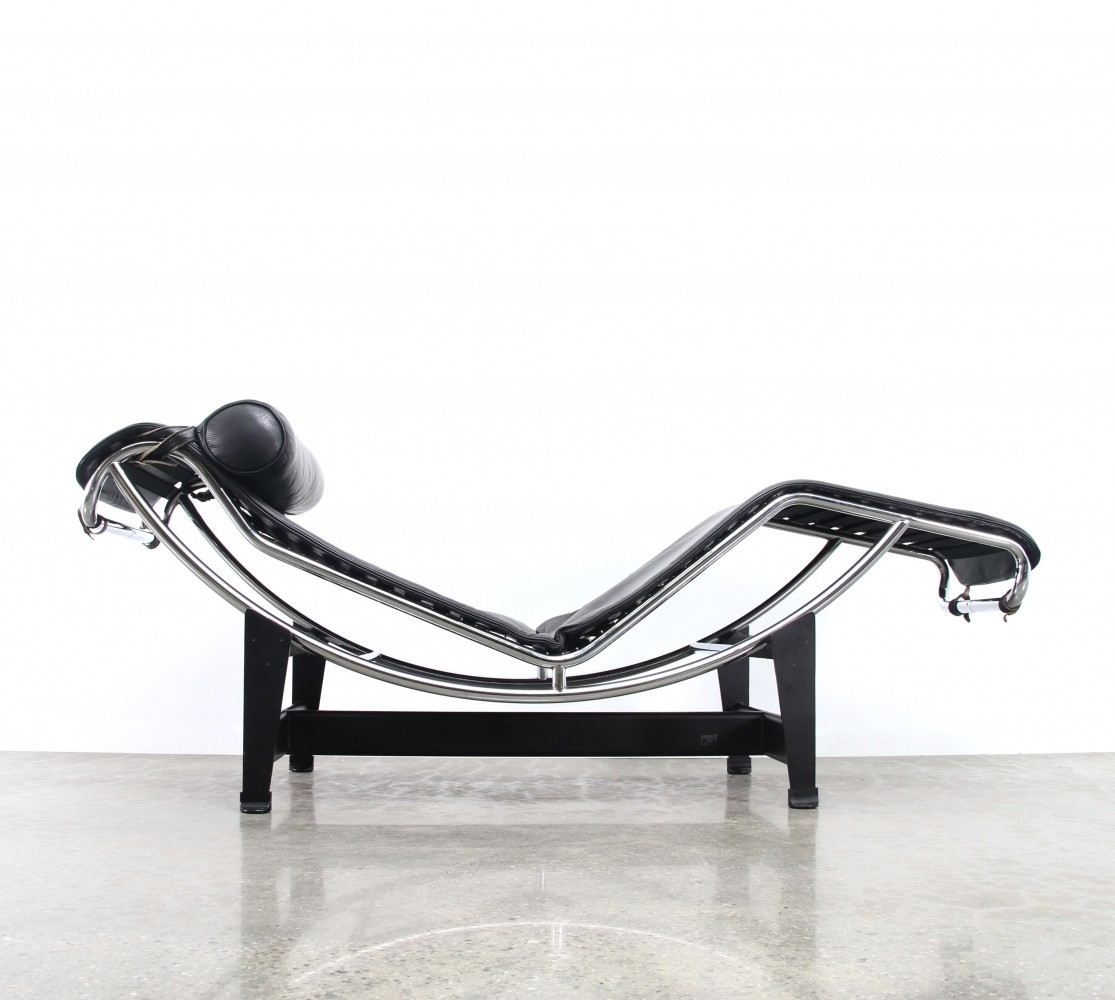 Lc4 chaise longue lounge chair from the eighties by le for Chaise longue le corbusier precio