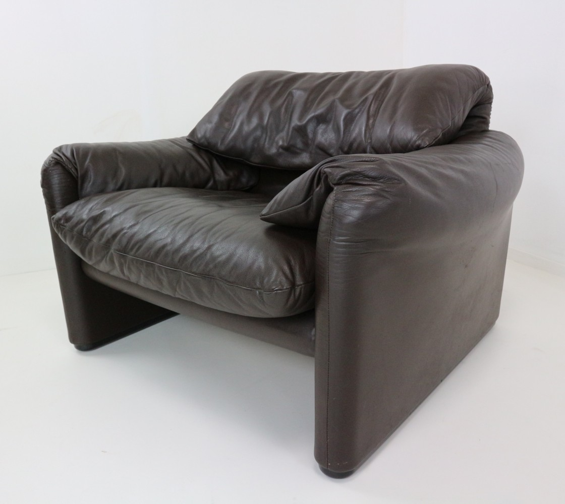 leather lounge chair maralunga design by cassina 1980s 63436