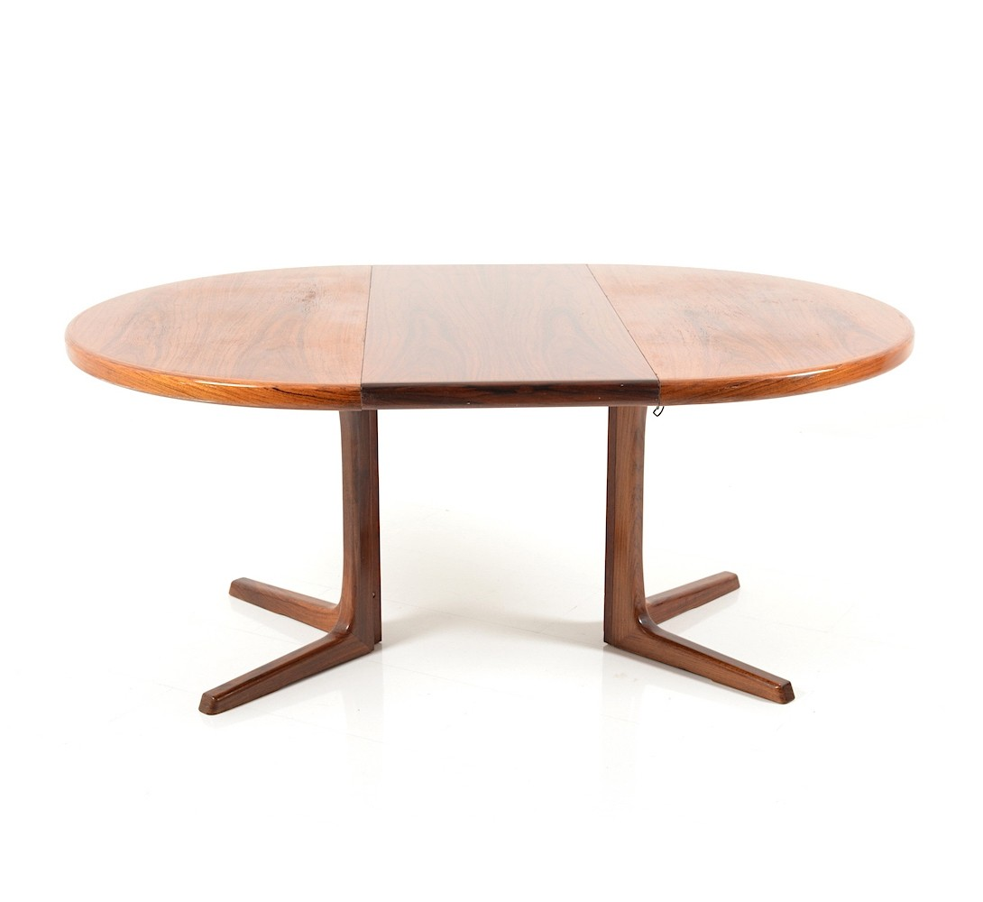 Circular Extendable rosewood Dining Table by Faarup  : circular extendable rosewood dining table by faarup 1960s from www.vntg.com size 1090 x 1000 jpeg 59kB