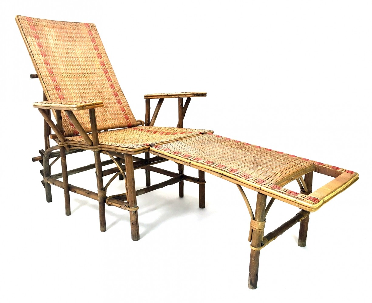 French wicker bamboo chaise longue with footrest 1920s for Chaise longue bambou
