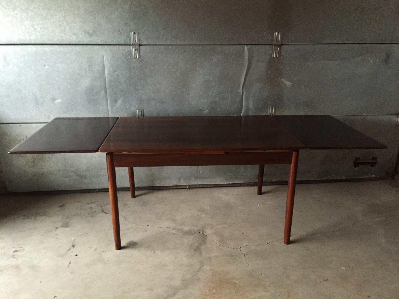Danish design rosewood extending dining table 1950s