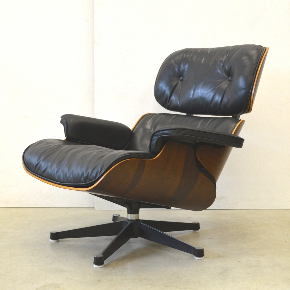 Rosewood lounge chair by charles ray eames for herman for Charles eames lounge chair preisvergleich