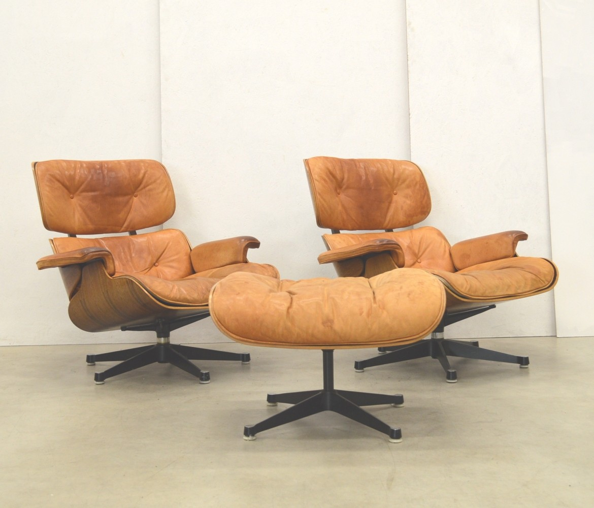 Eames lounge chair in room - Pair Of Rosewood Natural Cognac Eames Lounge Chairs 1960s