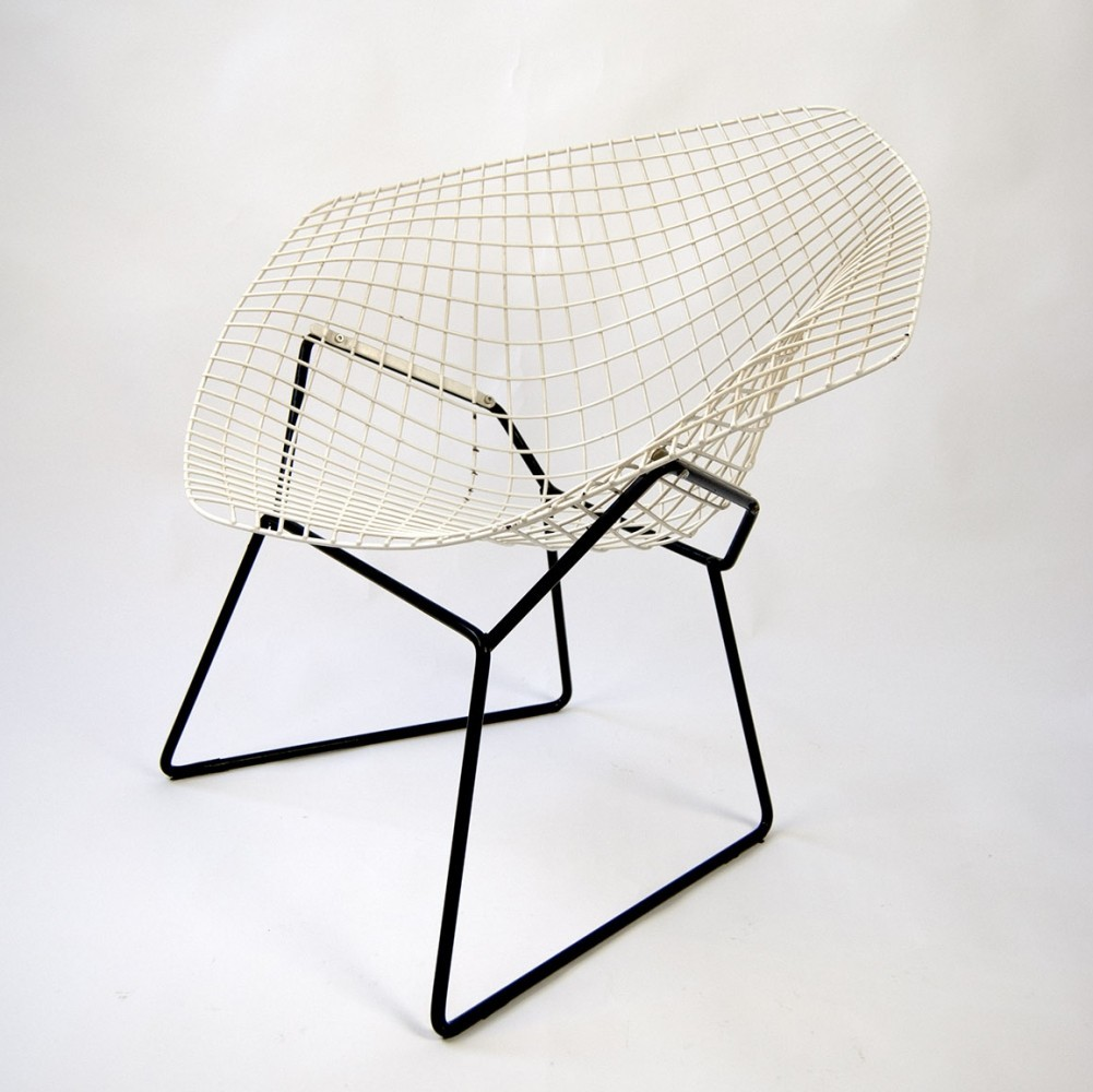 diamond chair from 60s by harry bertoia for knoll. Black Bedroom Furniture Sets. Home Design Ideas