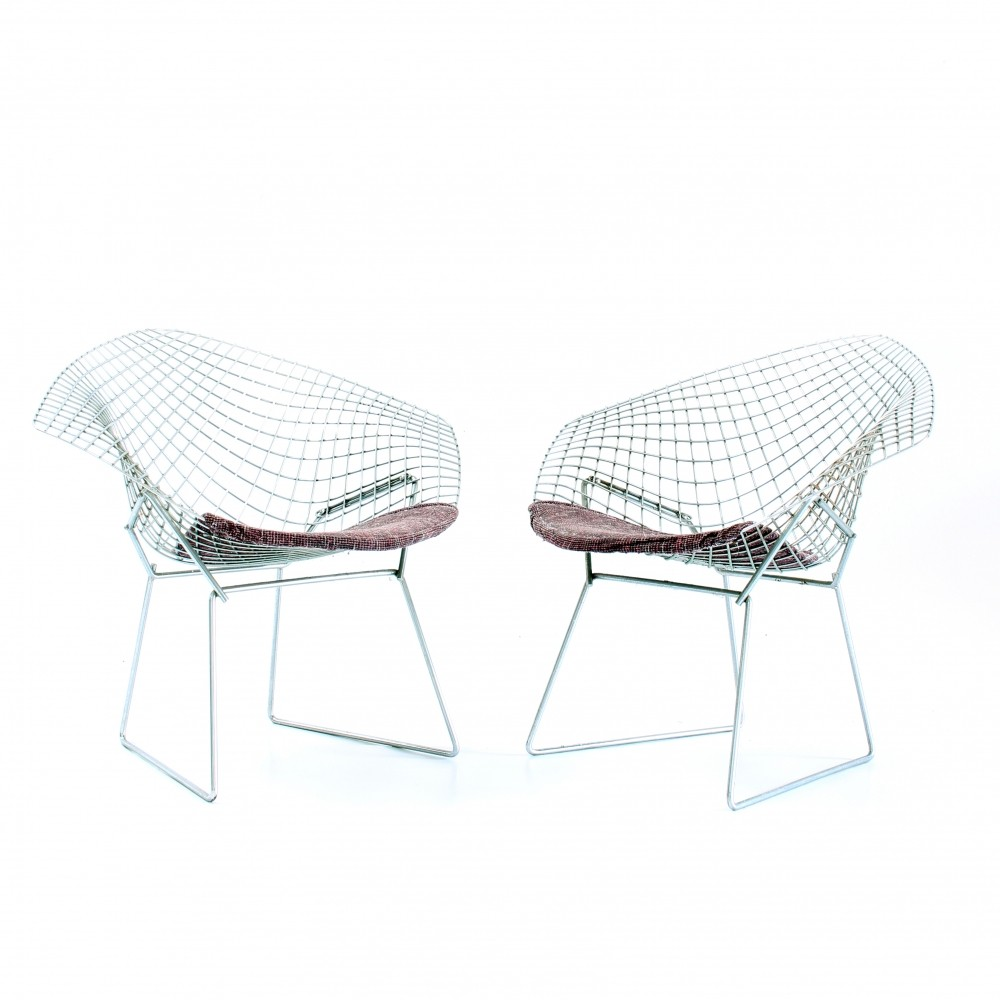 pair of first production diamond arm chairs by harry bertoia for de coene for knoll