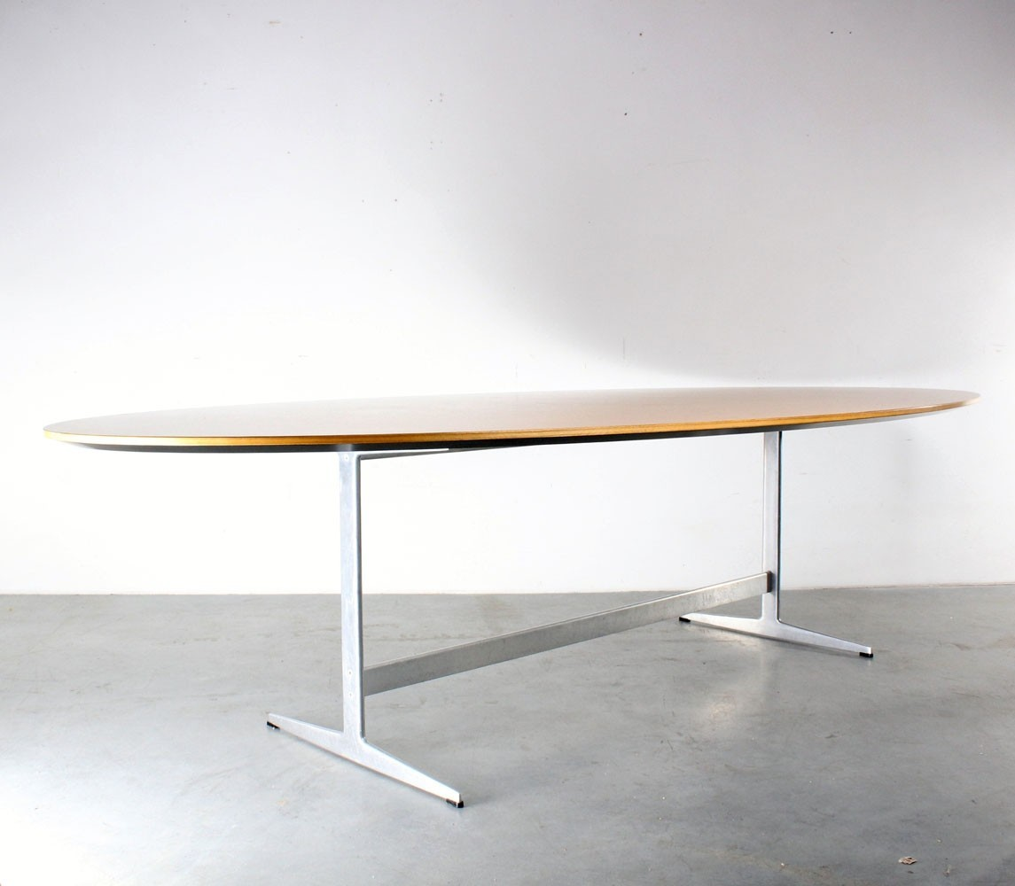 Shaker Oval Dining Table By Arne Jacobsen For Fritz Hansen 1960s