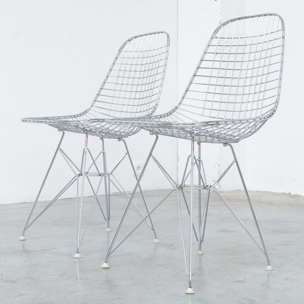 Eames plastic side chair wire base charles and ray eames herman miller - Pair Of Chrome Wire Chairs By Charles Ray Eames For Herman Miller