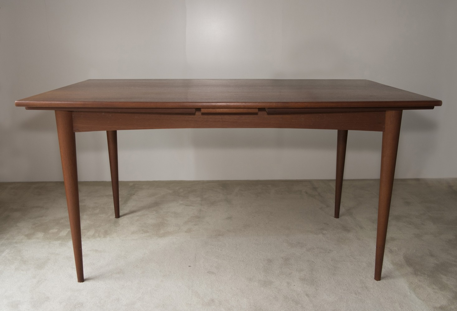 Extendable dining table in teak 1950s 69483 for Extendable dining table