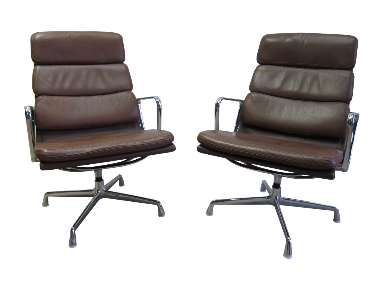 Ea216 softpad lounge chairs by Eames for Herman Miller by Vitra