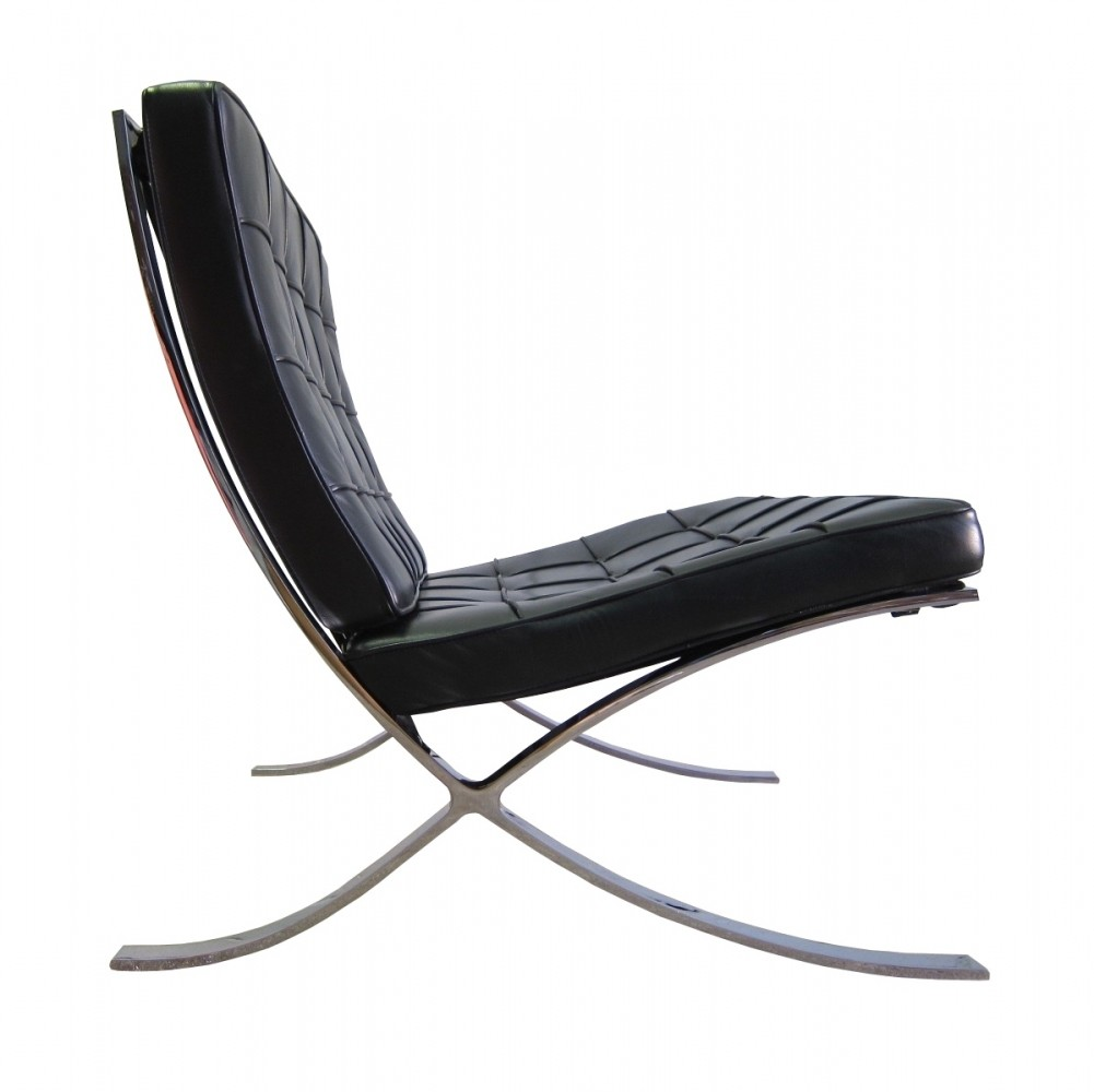 vintage knoll international barcelona chair by ludwig mies. Black Bedroom Furniture Sets. Home Design Ideas