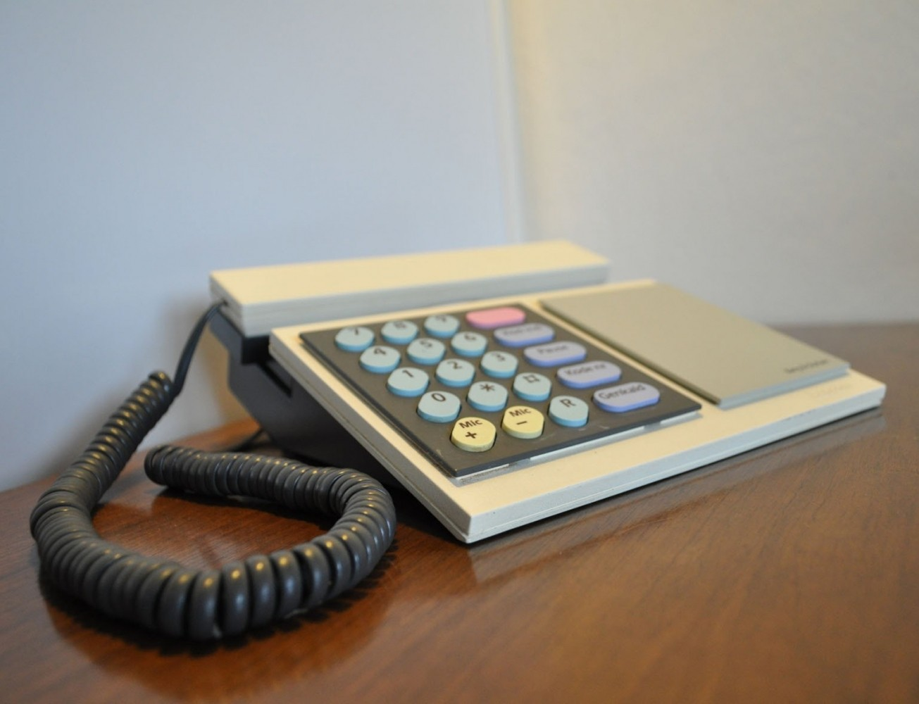 bang and olufsen telephone. model 1000 telephone by bang \u0026 olufsen, 1980s and olufsen