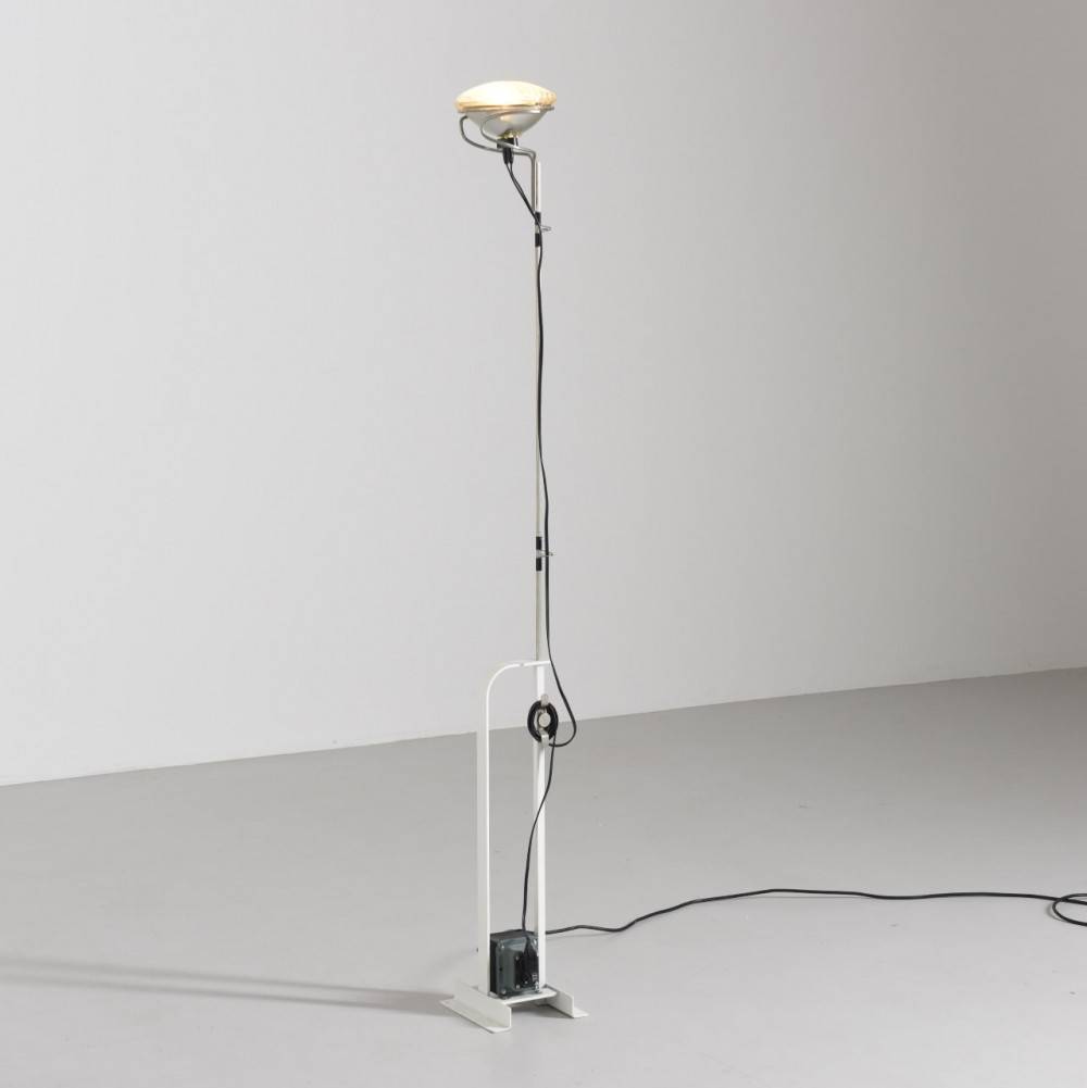 4 x toio floor lamp by achille giacomo castiglioni pier giacomo castiglioni for flos 1970s. Black Bedroom Furniture Sets. Home Design Ideas
