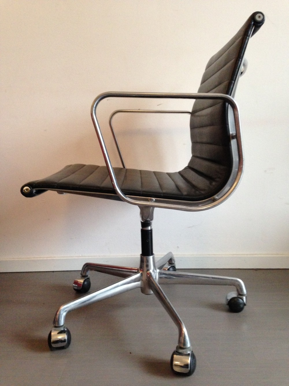 4 x EA108 office chair by Charles & Ray Eames for ICF Italy, 1990s
