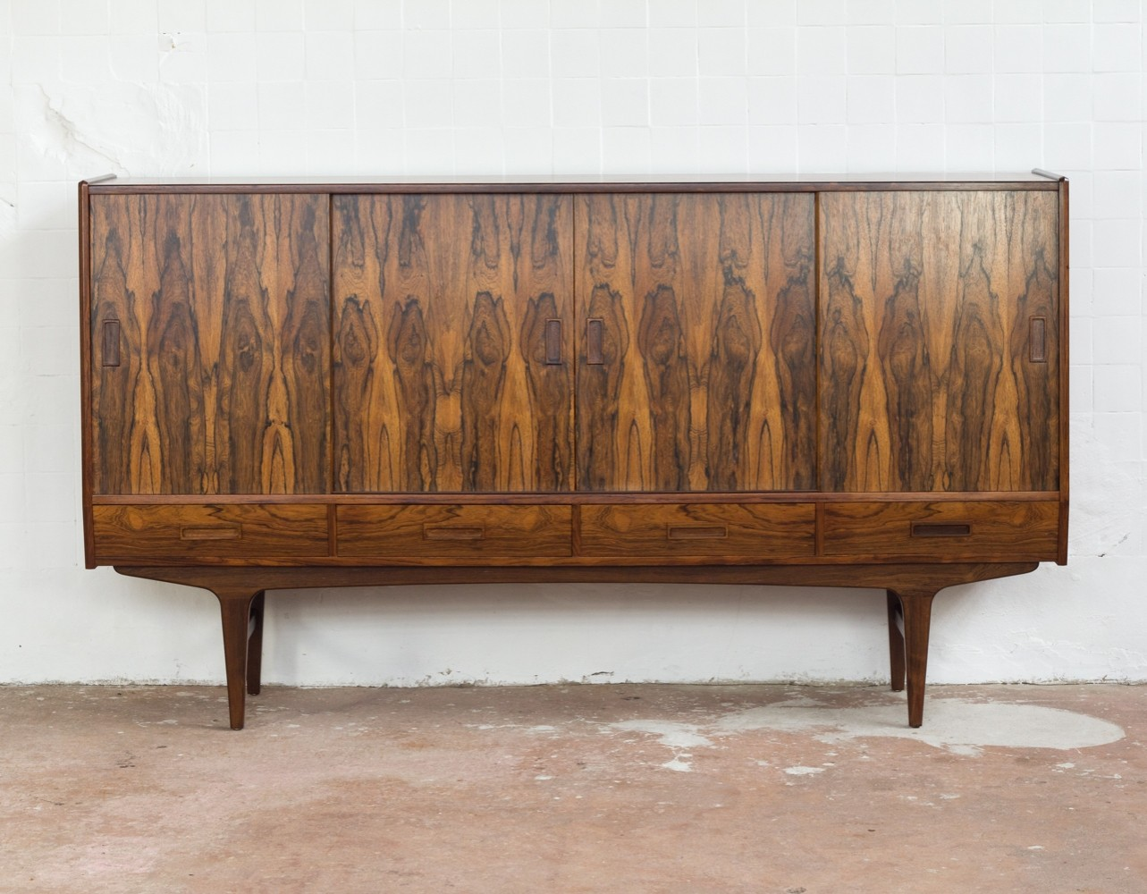 Danish highboard in rosewood & Rio Palisander