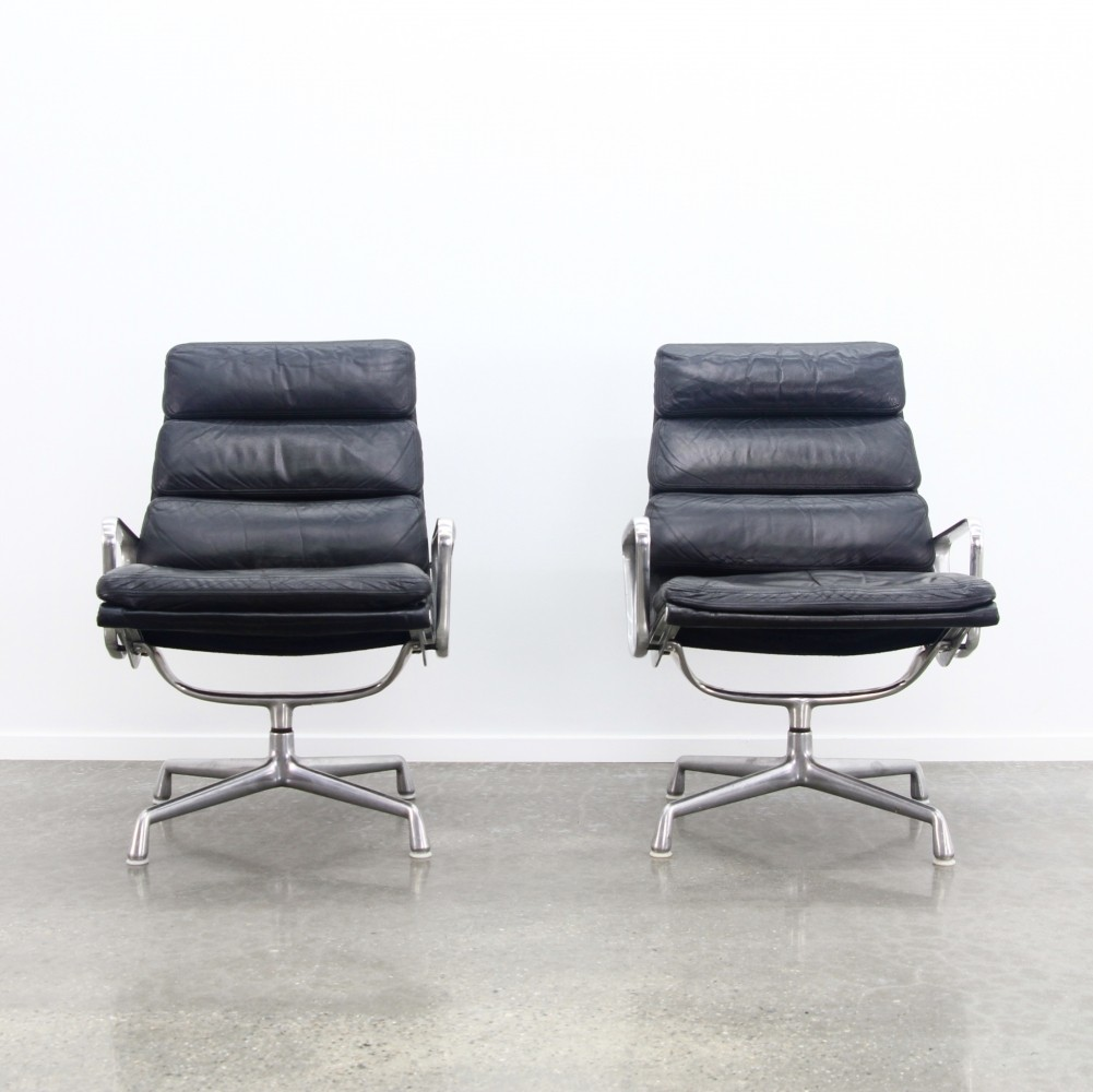 4 x Eames softpad lounge chair, 1980s