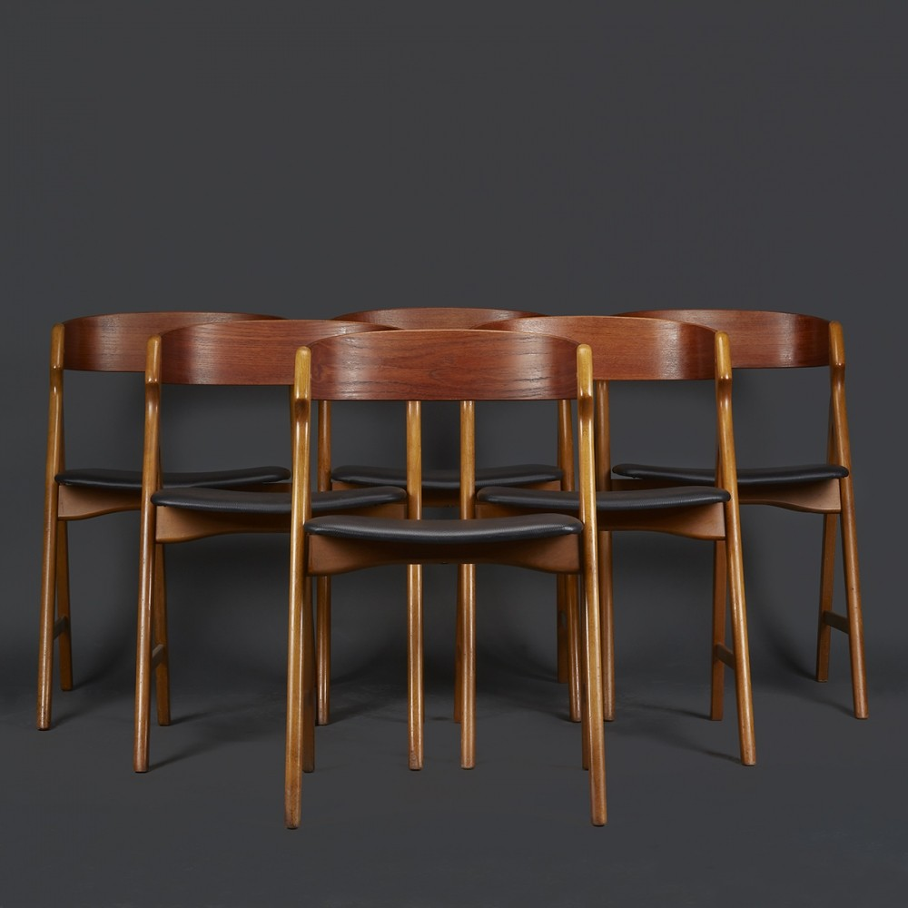 Set of 6 Model 71 dinner chairs by Henning Kjærnulf for Boltings Stolefabrik, 1960s