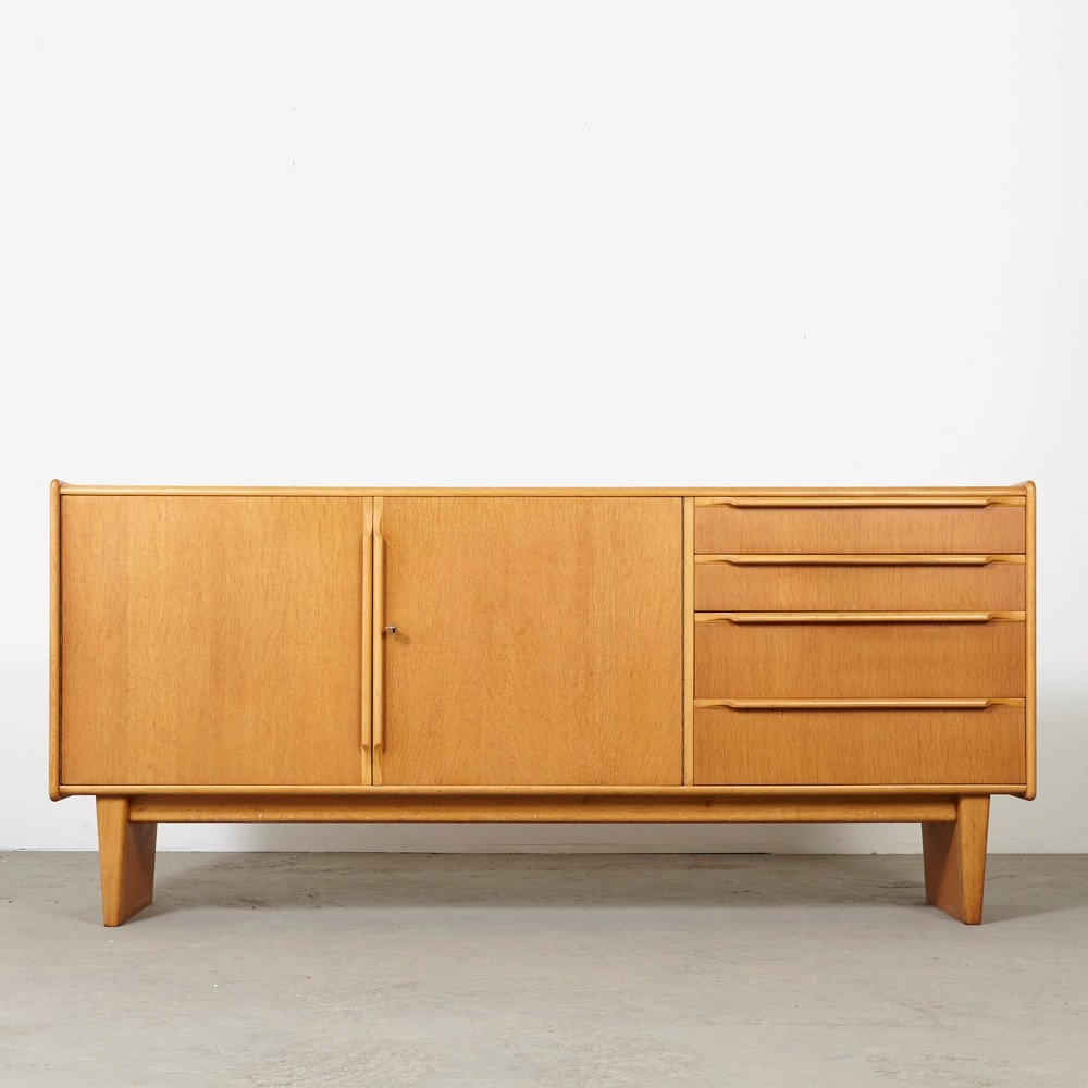 Model DE02 sideboard by Cees Braakman for Pastoe, 1950s
