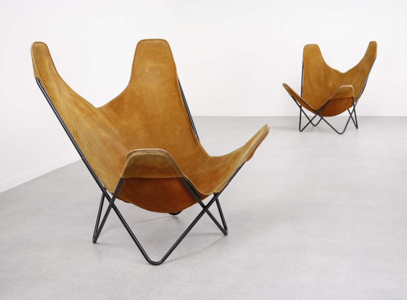 2 x Butterfly lounge chair by Jorge Ferrari Hardoy for Knoll International, 1970s