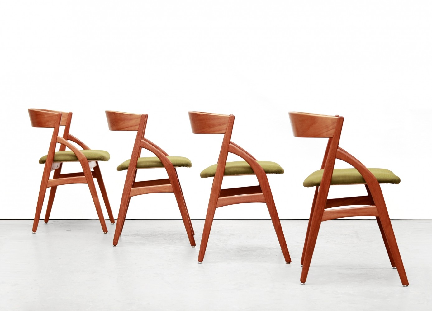Set of 4 Danish design teak Kai Kristiansen dining room chairs