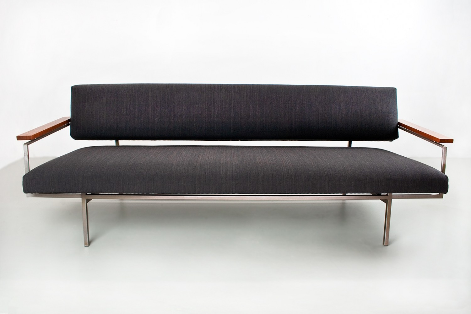 Rob Parry sofa model Lotus 75 in dark grey, teak & metal 1960s