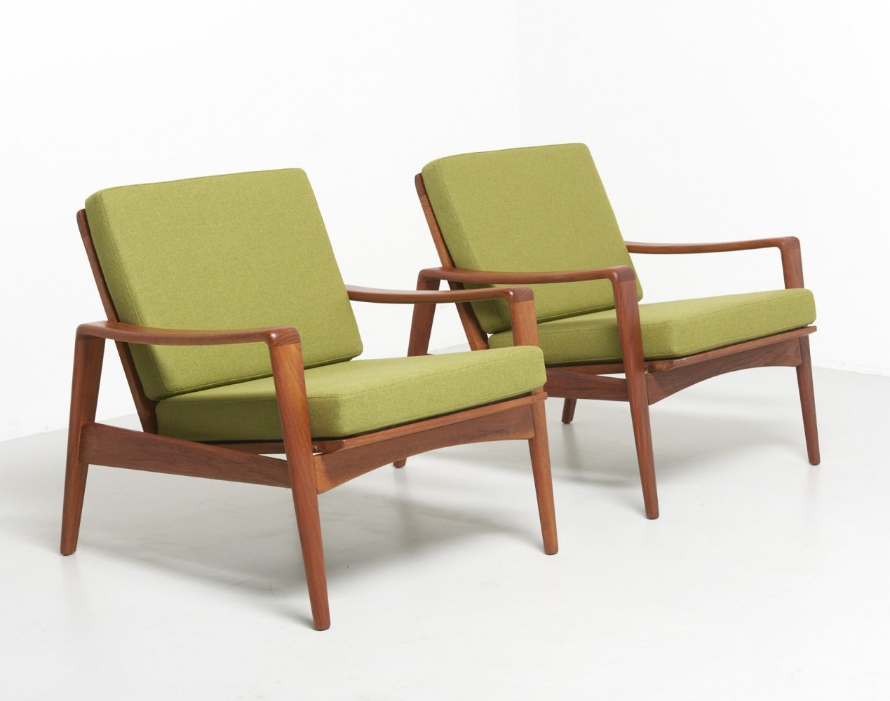 Pair of Teak Easy Chairs by Arne Wahl Iversen for Komfort, 1960s