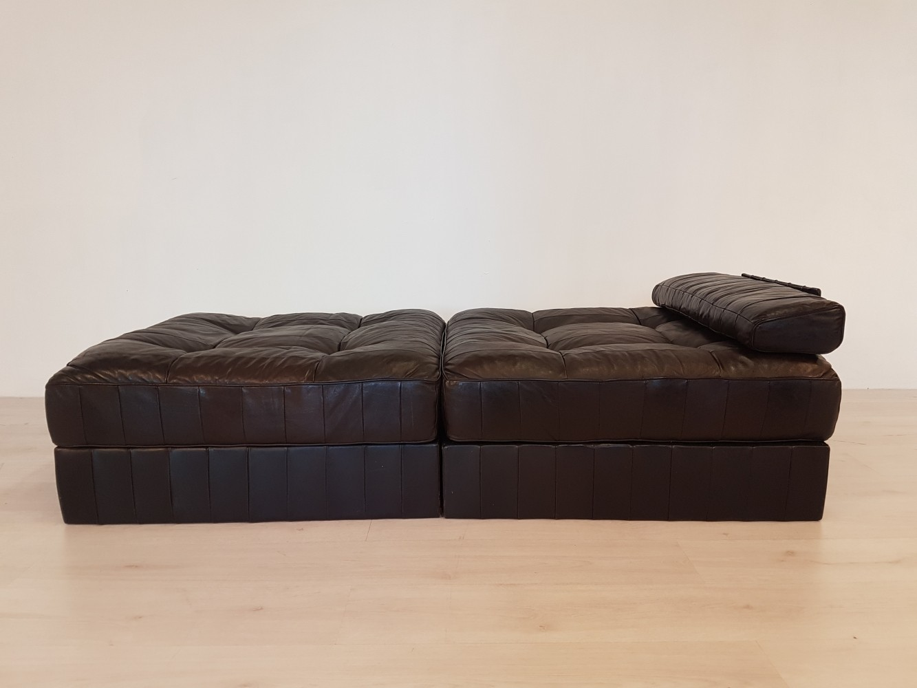 De Sede DS-88 dark brown leather daybed, 1970s
