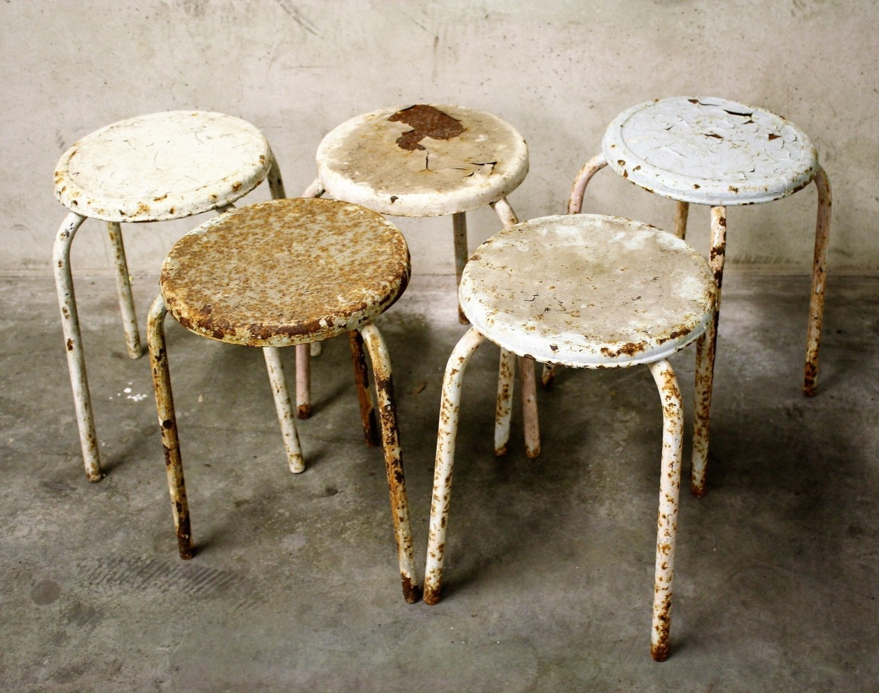 Set of 5 Decorative industrial stools, 1960s