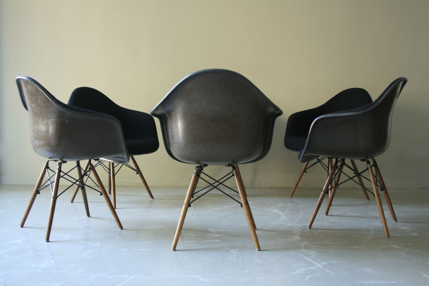 Set of 6 DAX arm chairs by Charles & Ray Eames for Vitra, 1970s