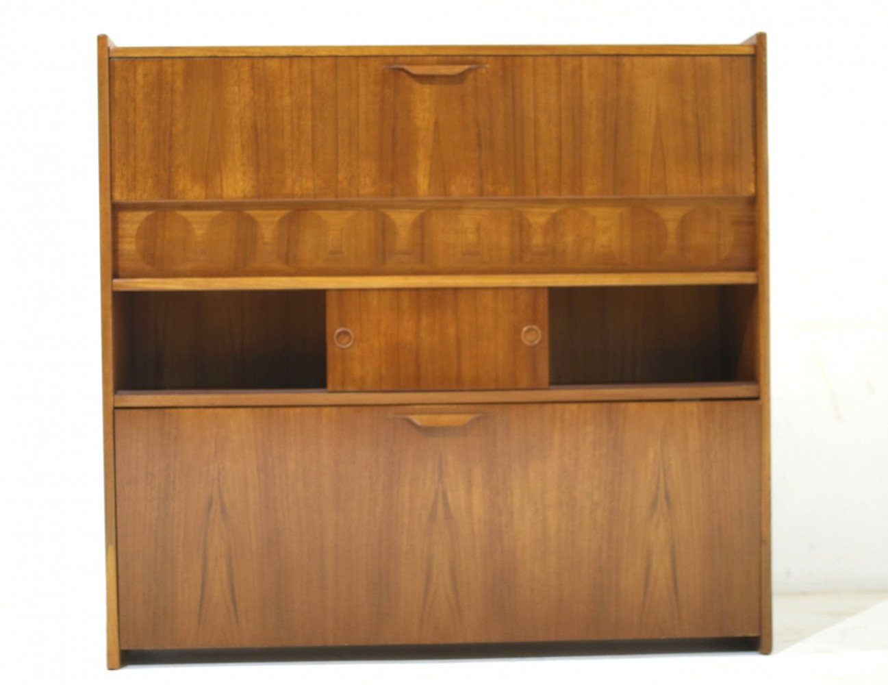 Mid-Century Teak Dry Bar by Johannes Andersen for J. Skaaning & Søn