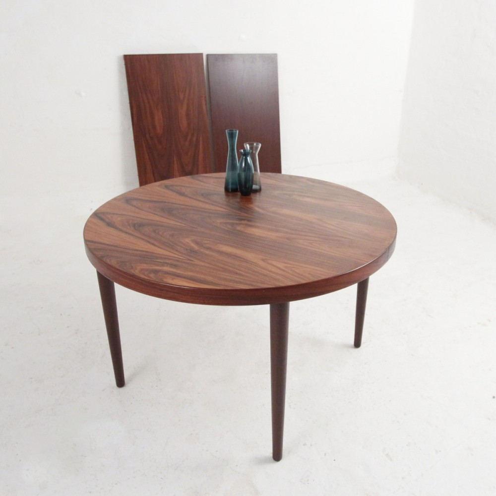 Round dining table in rosewood by Kai Kristiansen