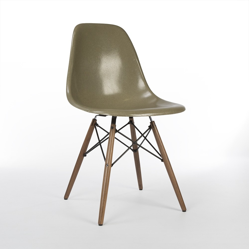 Umber Eames DSW Side Shell Chair