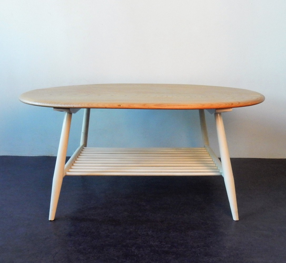 Model 454 refinished supper or coffee table by Lucian Ercolani for Ercol, 1960